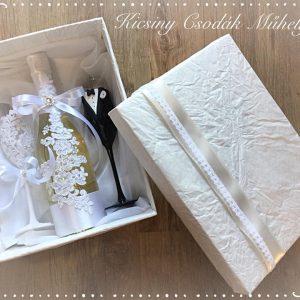 Fehér csipke esküvői  szett