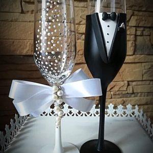 Fehér gyöngy pezsgős pohár pár