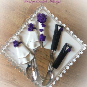 Lila szerelem  esküvői evőeszköz szett